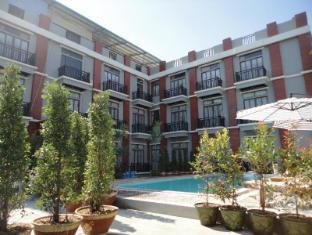 Nan Bwe- The Vibe Hostel