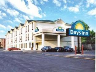 /hu-hu/days-inn-toronto-east-lakeview/hotel/toronto-on-ca.html?asq=jGXBHFvRg5Z51Emf%2fbXG4w%3d%3d
