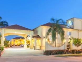 /bg-bg/days-inn-and-suites-houston-hobby-airport/hotel/houston-tx-us.html?asq=jGXBHFvRg5Z51Emf%2fbXG4w%3d%3d