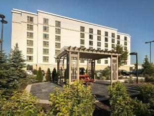 /de-de/hampton-inn-by-hilton-toronto-airport-corporate-centre/hotel/toronto-on-ca.html?asq=jGXBHFvRg5Z51Emf%2fbXG4w%3d%3d