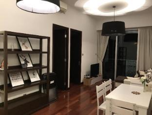 IC 2 Bedroom Apartment near Wanchai MTR 32