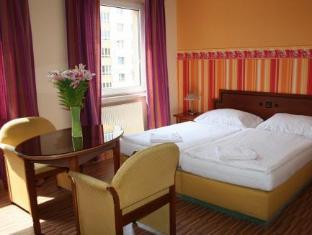 /pt-pt/hotel-turmfalke/hotel/linz-at.html?asq=jGXBHFvRg5Z51Emf%2fbXG4w%3d%3d