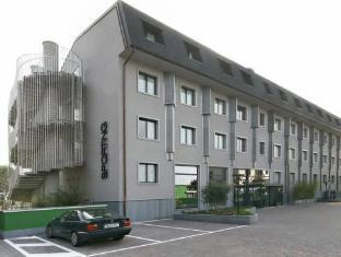 /de-de/hotel-sporting-cologno/hotel/cologno-monzese-it.html?asq=jGXBHFvRg5Z51Emf%2fbXG4w%3d%3d