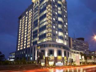 /nl-nl/grand-royal-panghegar-hotel-bandung/hotel/bandung-id.html?asq=jGXBHFvRg5Z51Emf%2fbXG4w%3d%3d