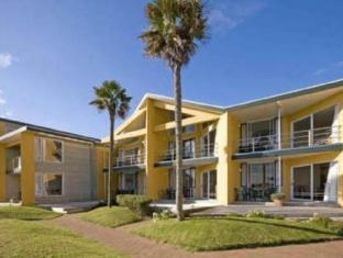 Bucklands Beach Waterfront Motel