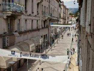 /pt-br/marmontova-luxury-rooms/hotel/split-hr.html?asq=jGXBHFvRg5Z51Emf%2fbXG4w%3d%3d
