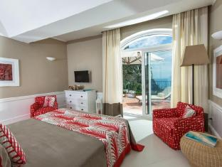 /en-sg/hotel-della-piccola-marina/hotel/capri-it.html?asq=jGXBHFvRg5Z51Emf%2fbXG4w%3d%3d