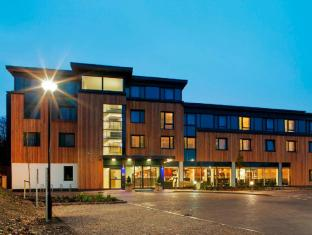 /en-sg/holiday-inn-express-cambridge-duxford-m11-jct-10/hotel/cambridge-gb.html?asq=jGXBHFvRg5Z51Emf%2fbXG4w%3d%3d