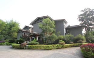 /da-dk/yangshuo-dragon-river-retreat-hotel/hotel/yangshuo-cn.html?asq=jGXBHFvRg5Z51Emf%2fbXG4w%3d%3d