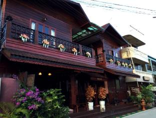 /ar-ae/the-old-chiangkhan-boutique-hotel/hotel/chiangkhan-th.html?asq=jGXBHFvRg5Z51Emf%2fbXG4w%3d%3d