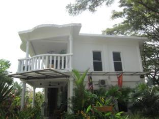 White Lodge Chalet