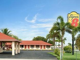 /de-de/super-8-florida-city/hotel/florida-city-fl-us.html?asq=jGXBHFvRg5Z51Emf%2fbXG4w%3d%3d