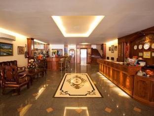 Golden House International Hotel