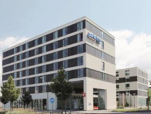 /da-dk/park-inn-by-radisson-malmo/hotel/malmo-se.html?asq=jGXBHFvRg5Z51Emf%2fbXG4w%3d%3d
