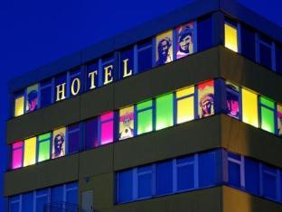 /cs-cz/amh-airport-messe-hotel-stuttgart/hotel/stuttgart-de.html?asq=jGXBHFvRg5Z51Emf%2fbXG4w%3d%3d