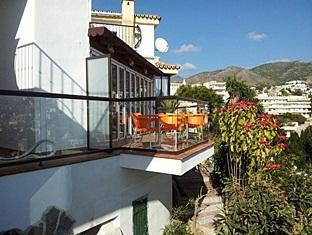 /ca-es/hostal-casa-mercedes/hotel/nerja-es.html?asq=jGXBHFvRg5Z51Emf%2fbXG4w%3d%3d