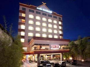 /ar-ae/grand-zuri-dumai-hotel/hotel/dumai-id.html?asq=jGXBHFvRg5Z51Emf%2fbXG4w%3d%3d