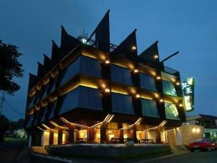 Moon Shy Kenting Boutique Hotel