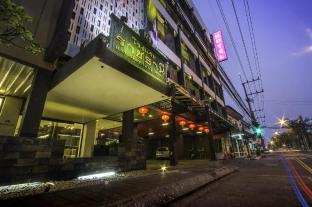 /ar-ae/the-ratchathani-hotel/hotel/ubon-ratchathani-th.html?asq=jGXBHFvRg5Z51Emf%2fbXG4w%3d%3d