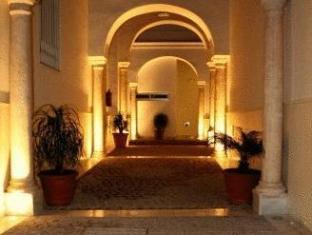 /ar-ae/castellar-singular-apartments/hotel/seville-es.html?asq=jGXBHFvRg5Z51Emf%2fbXG4w%3d%3d
