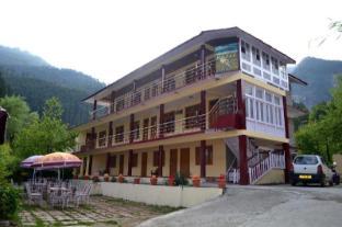 /ca-es/hotel-chetna-cottages/hotel/manali-in.html?asq=jGXBHFvRg5Z51Emf%2fbXG4w%3d%3d