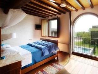/ca-es/la-lepre-bianca/hotel/cento-it.html?asq=jGXBHFvRg5Z51Emf%2fbXG4w%3d%3d