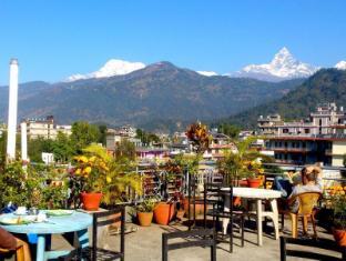/zh-hk/hotel-grand-holiday/hotel/pokhara-np.html?asq=jGXBHFvRg5Z51Emf%2fbXG4w%3d%3d