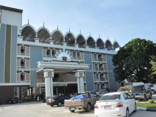 /da-dk/queen-palace-hotel/hotel/tak-th.html?asq=jGXBHFvRg5Z51Emf%2fbXG4w%3d%3d