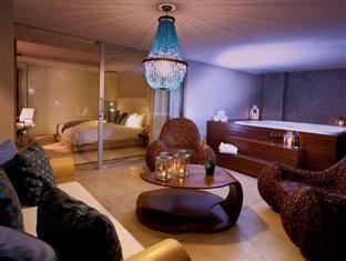 /cs-cz/the-charlee-lifestyle-hotel/hotel/medellin-co.html?asq=jGXBHFvRg5Z51Emf%2fbXG4w%3d%3d