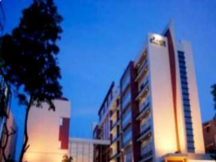 /de-de/amalia-hotel-lampung/hotel/bandar-lampung-id.html?asq=jGXBHFvRg5Z51Emf%2fbXG4w%3d%3d