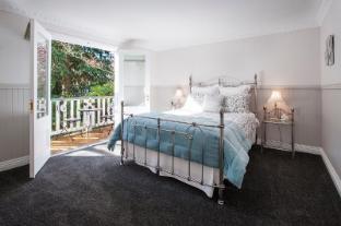 /da-dk/clarendon-cottages/hotel/mount-dandenong-ranges-au.html?asq=jGXBHFvRg5Z51Emf%2fbXG4w%3d%3d