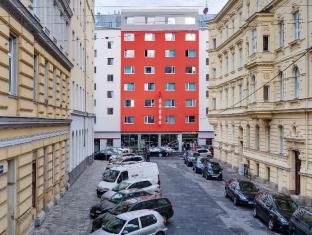 /ar-ae/meininger-hotel-wien-downtown-franz/hotel/vienna-at.html?asq=jGXBHFvRg5Z51Emf%2fbXG4w%3d%3d