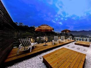 /de-de/sun-moon-lake-karuizawa-villa-b-b/hotel/nantou-tw.html?asq=jGXBHFvRg5Z51Emf%2fbXG4w%3d%3d