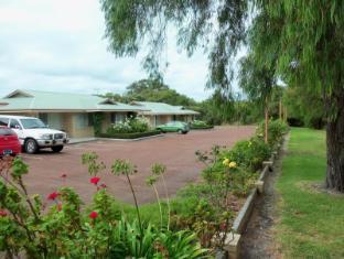 Emu Point Motel