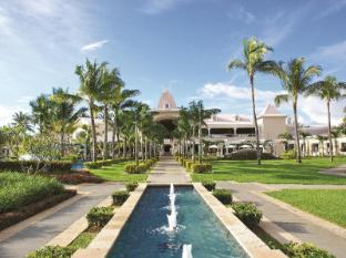 /ca-es/sugar-beach-golf-spa-resort/hotel/mauritius-island-mu.html?asq=jGXBHFvRg5Z51Emf%2fbXG4w%3d%3d