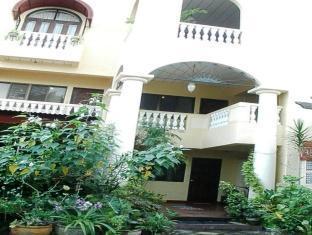 /cs-cz/balay-da-blas-pensionne/hotel/laoag-ph.html?asq=jGXBHFvRg5Z51Emf%2fbXG4w%3d%3d