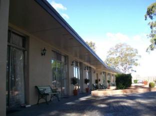 All Seasons Country Lodge