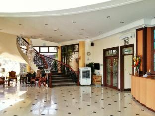 /cs-cz/crown-royale-hotel/hotel/bataan-ph.html?asq=jGXBHFvRg5Z51Emf%2fbXG4w%3d%3d