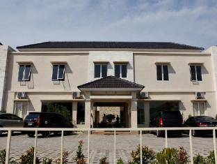 ロエマー モエシ ホテル