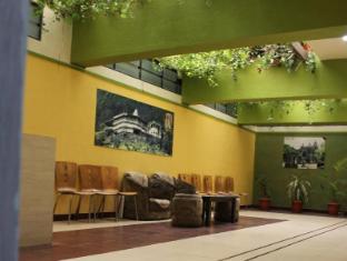 Hotel Cool Palace