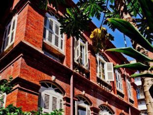 /cs-cz/xiamen-louis-china-hotel/hotel/xiamen-cn.html?asq=jGXBHFvRg5Z51Emf%2fbXG4w%3d%3d