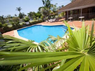 /cs-cz/island-palms-motor-inn/hotel/forster-au.html?asq=jGXBHFvRg5Z51Emf%2fbXG4w%3d%3d