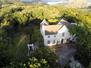 Riverside Estates Guest House