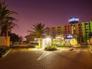 Premier Hotel O.R.Tambo