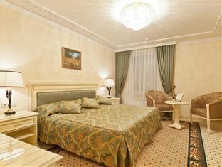 /en-sg/rimar-hotel/hotel/krasnodar-ru.html?asq=jGXBHFvRg5Z51Emf%2fbXG4w%3d%3d
