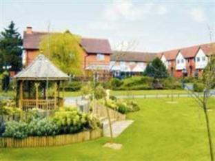 /en-au/fairlawns-hotel-and-spa/hotel/walsall-gb.html?asq=jGXBHFvRg5Z51Emf%2fbXG4w%3d%3d