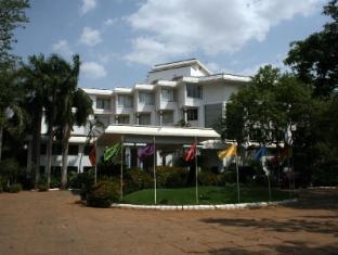 /bg-bg/hotel-sangam-tanjore/hotel/thanjavur-in.html?asq=jGXBHFvRg5Z51Emf%2fbXG4w%3d%3d
