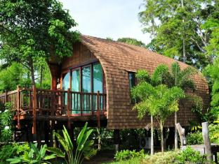 The Cinnamon Art Resort and Spa