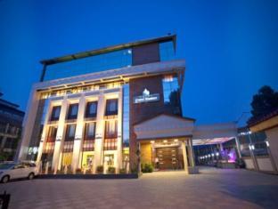 /cs-cz/hotel-grand-mumtaz/hotel/srinagar-in.html?asq=jGXBHFvRg5Z51Emf%2fbXG4w%3d%3d