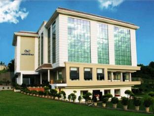 /ca-es/hotel-legend-sarovar-portico-baddi/hotel/baddi-in.html?asq=jGXBHFvRg5Z51Emf%2fbXG4w%3d%3d
